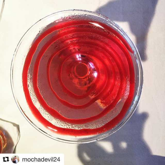 Repost mochadevil24 with repostapp  raspberry lemonade martini yummy drinkinghellip