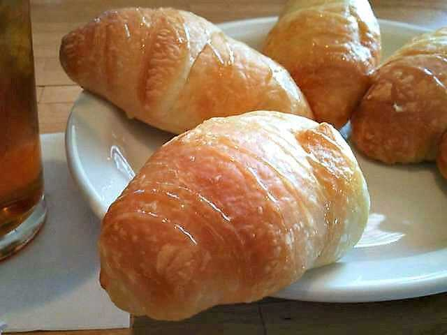 Theres only one way to do NationalCroissantDay! californiadreaming food foodie